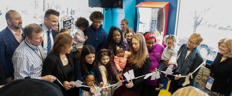 Chelsea Clinton, New Research Findings Highlight Second Annual LaundryCares Literacy Summit in Chicago