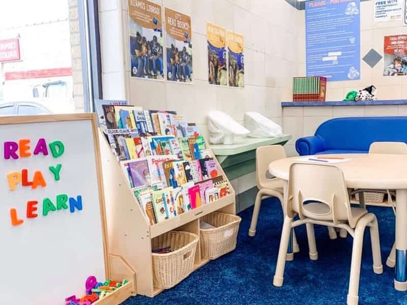 Reading Space Kits for Laundromat Owners Are a Hit